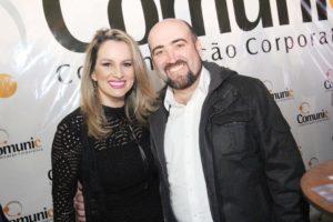 Elaine Madalhano e Adriano Nunes