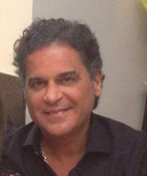 Carlos Arnaldo candidato a Prefeito pelo PDT Imagens de Facebook