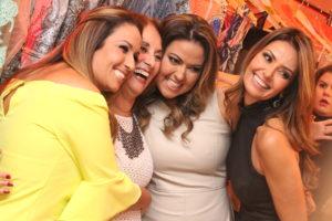 Danily , Anesia , Caroline e Daniela Castro no desfile que movimentou a Redentora na quarta feira