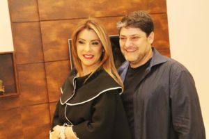 Gisele e Fabio Vescovi na noite em que abriram as portas da sua nova loja Celmar