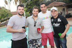 Bruno Bonaldi ,Pedro , Francys Karlus e Fabiano Mazza na choppada da Faceres